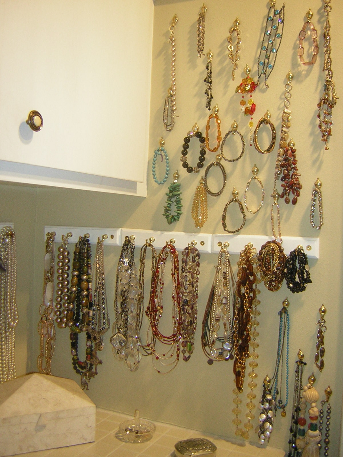Jewelry san diego professional organizer image - Ideas for storing jewellery ...